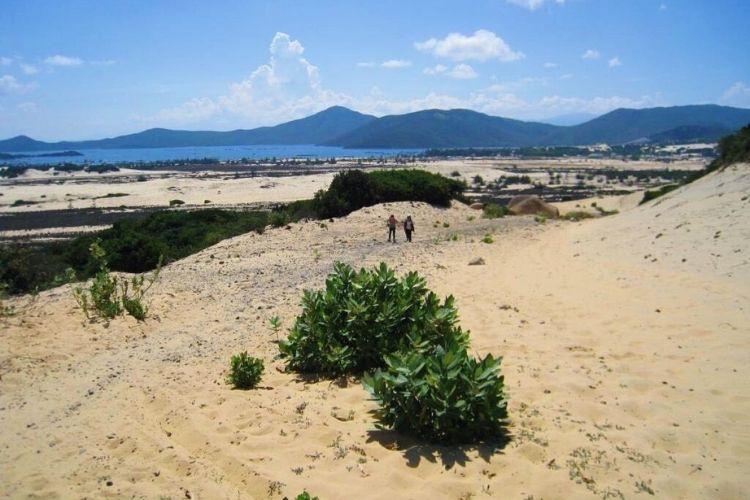 Vẻ đẹp yên bình ở bán đảo Đầm Môn Nha Trang