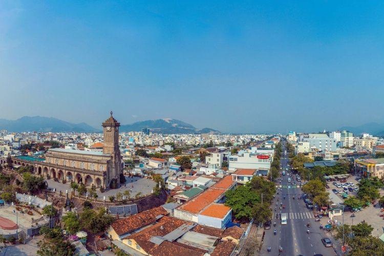 Thành phố du lịch Nha Trang thuộc tỉnh nào
